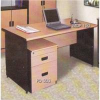 Meja Kantor Daiko MDP-150