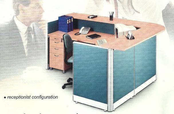 Partisi Kantor 4