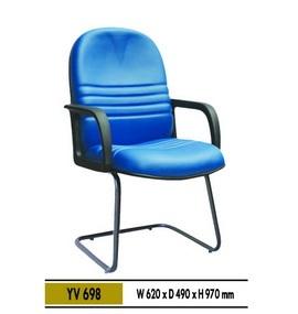 YV 698